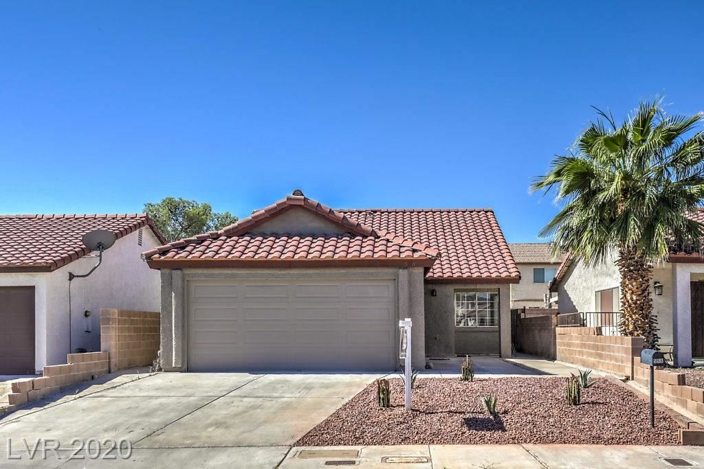 Photo of 596 Grimsby, Henderson, NV 89014 (MLS # 2204550)