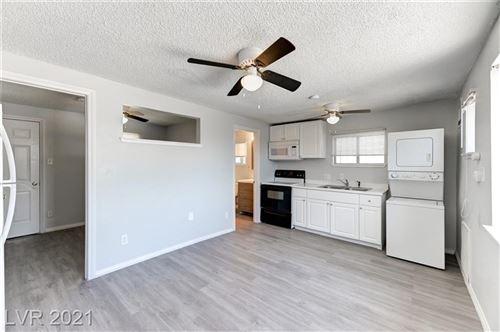 Photo of 1306 Rexford Place #C, Las Vegas, NV 89104 (MLS # 2286551)