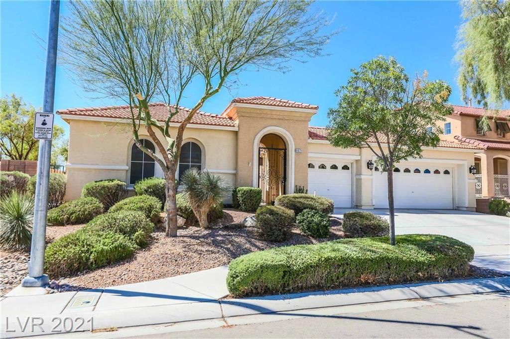 Photo of 6621 Black Oaks Street, North Las Vegas, NV 89084 (MLS # 2332562)