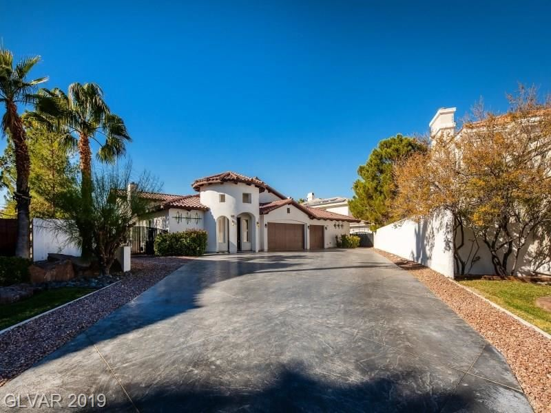 Photo of 8128 MOONSTONE Circle, Las Vegas, NV 89128 (MLS # 2147581)