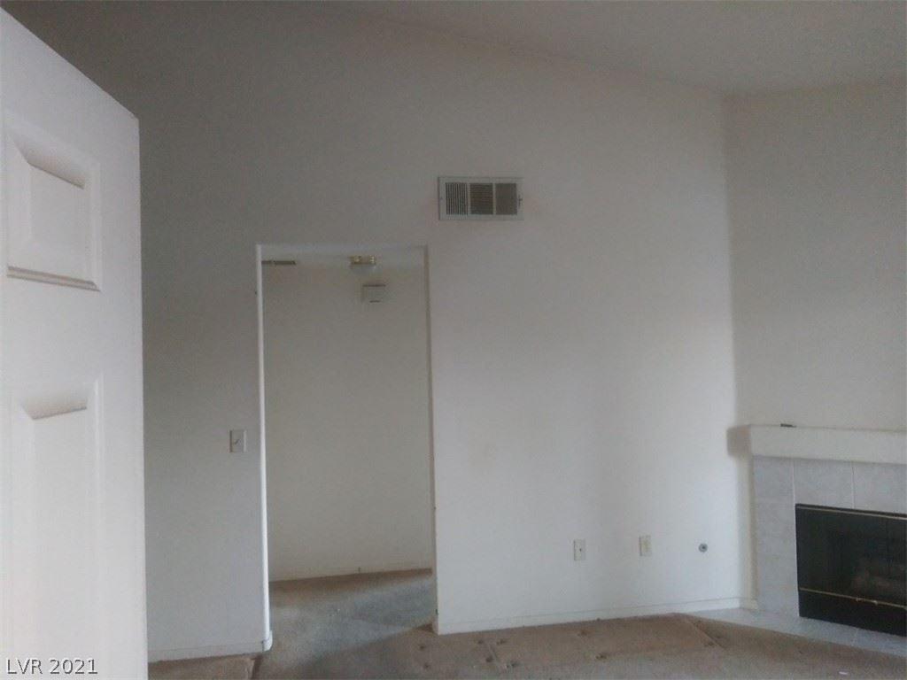 Photo of 855 North Stephanie Street #2722, Henderson, NV 89014 (MLS # 2344592)