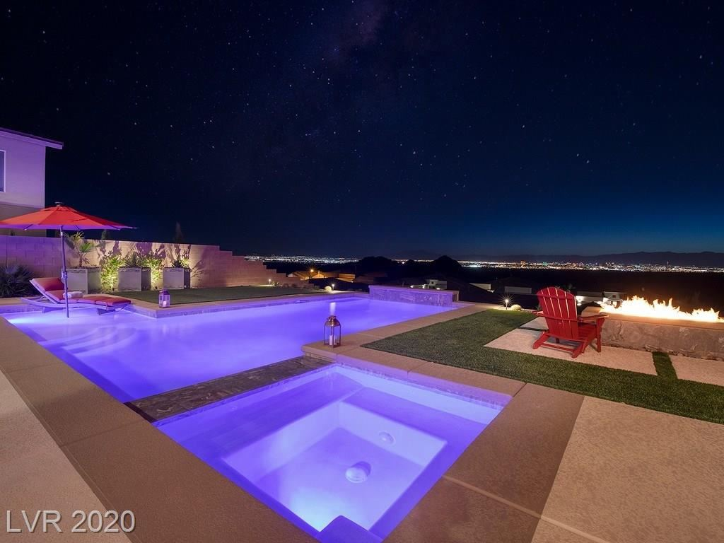 Photo of 45 Vista Outlook, Henderson, NV 89011 (MLS # 2221597)