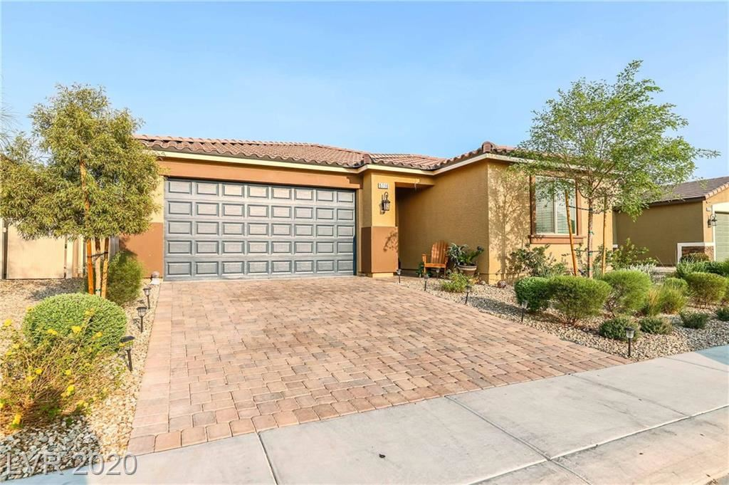 Photo of 5716 East Swan Bridge Street, North Las Vegas, NV 89081 (MLS # 2231604)