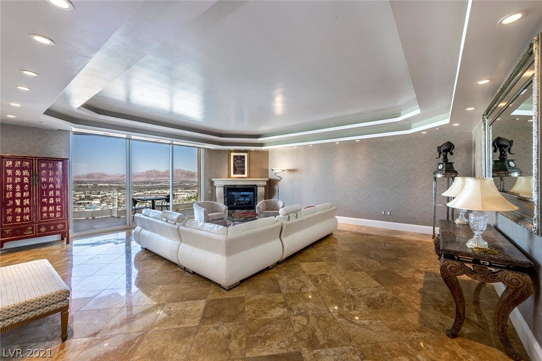 Photo of 2777 Paradise Road #2901, Las Vegas, NV 89109 (MLS # 2337605)