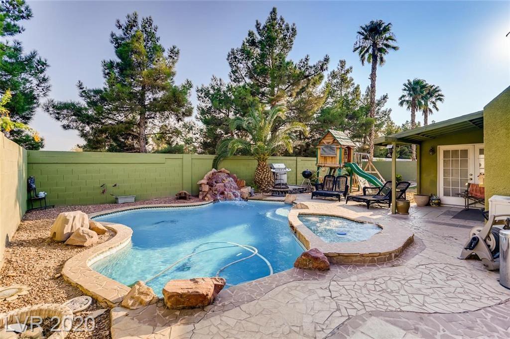 Photo of 1087 Aspen Breeze Avenue, Las Vegas, NV 89123 (MLS # 2225609)