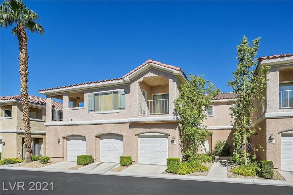 Photo of 251 South Green Valley Parkway #1812, Henderson, NV 89012 (MLS # 2330612)