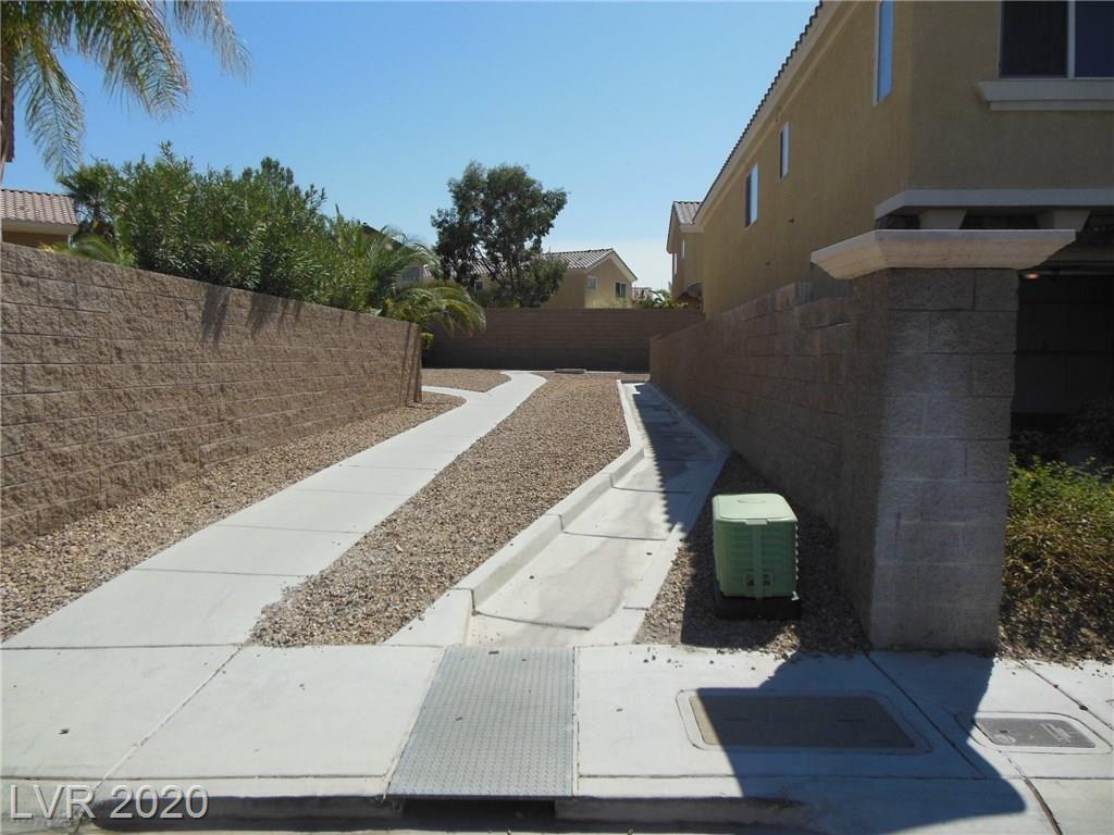 Photo of 235 Rustic Club Way, Las Vegas, NV 89148 (MLS # 2231625)
