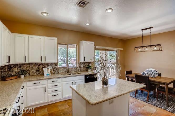 Photo of 2089 Desert Woods, Henderson, NV 89012 (MLS # 2214627)