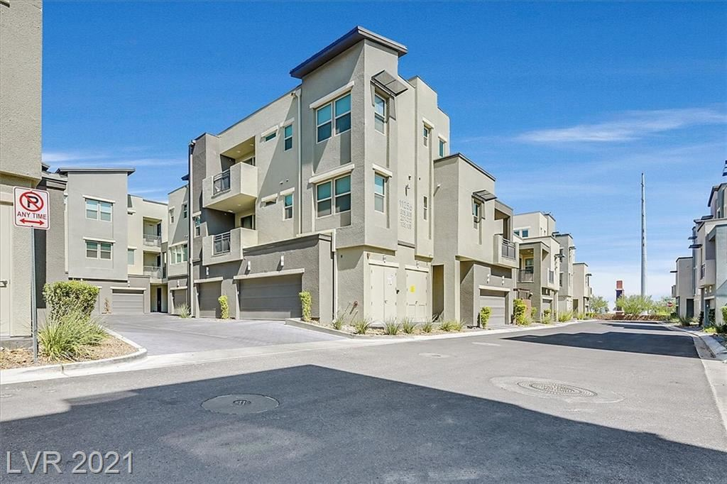 Photo of 11256 Rainbow Peak Avenue #305, Las Vegas, NV 89135 (MLS # 2342627)