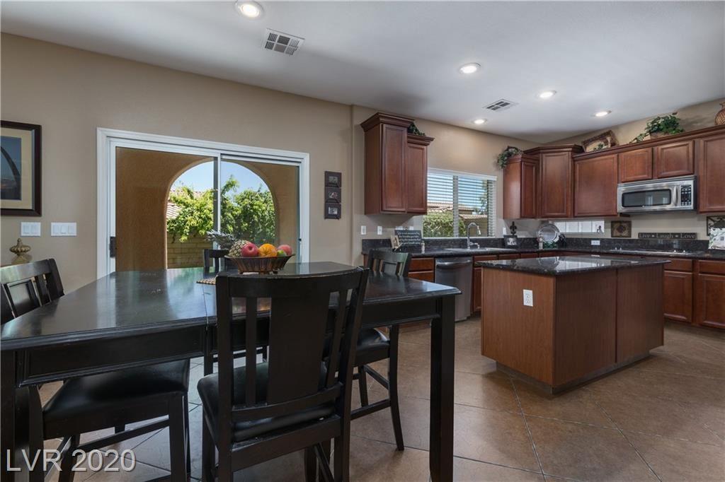 Photo of 924 Encorvado Street, Las Vegas, NV 89138 (MLS # 2210634)