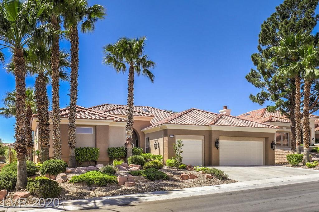 Photo of 10325 Villa Ridge, Las Vegas, NV 89134 (MLS # 2199642)