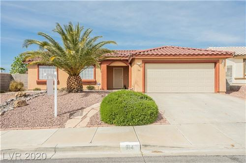 Photo of 914 Clubview, Henderson, NV 89015 (MLS # 2187646)