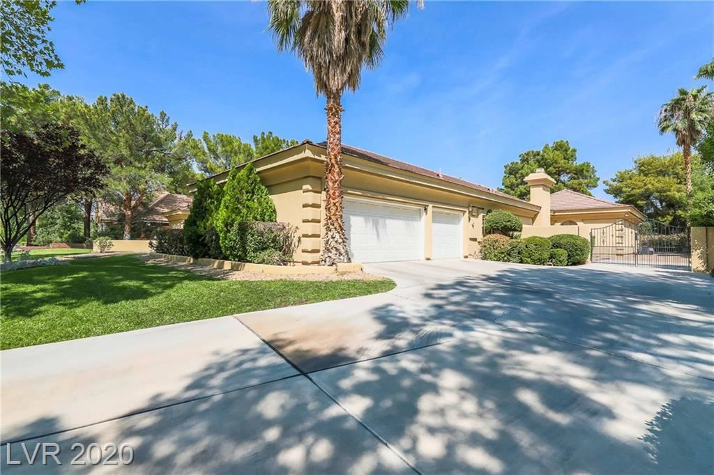 Photo of 44 Quail Run Road, Henderson, NV 89014 (MLS # 2232650)