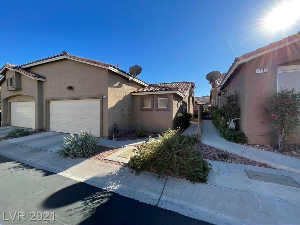 Photo of 1613 Azure Springs Avenue, Henderson, NV 89014 (MLS # 2253653)