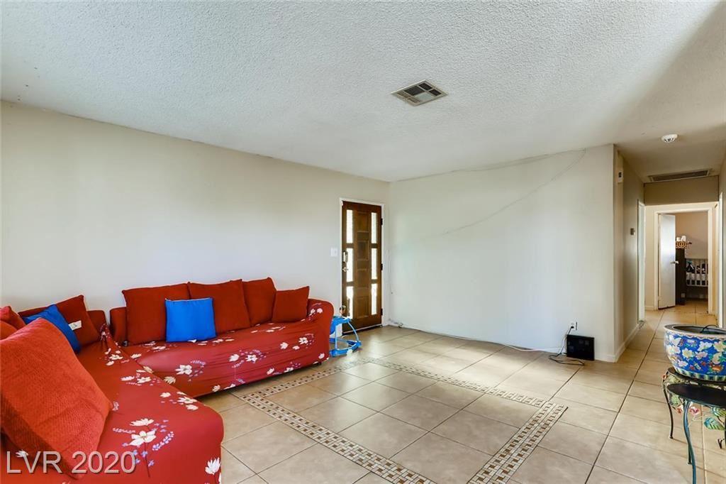 Photo of 1831 Bluff, North Las Vegas, NV 89032 (MLS # 2196660)