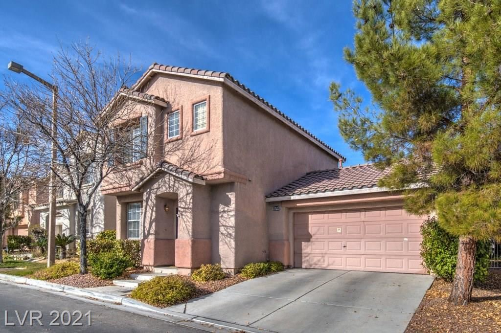 Photo of 10744 Tottenham Avenue, Las Vegas, NV 89135 (MLS # 2260666)