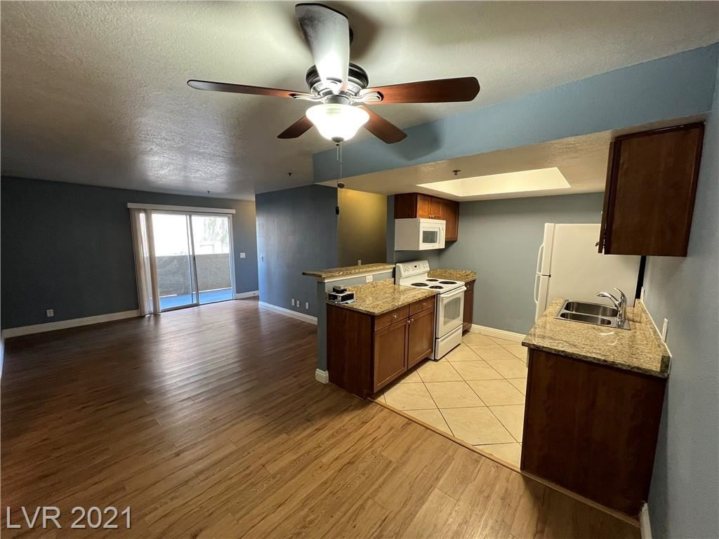 Photo of 4200 South Valley View Boulevard #2042, Las Vegas, NV 89103 (MLS # 2344666)