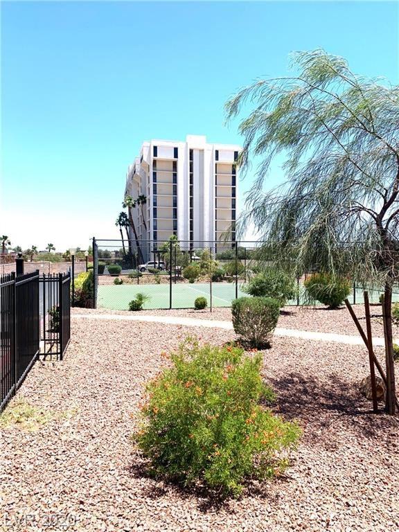 Photo of 3930 University Center #1006, Las Vegas, NV 89119 (MLS # 2198674)