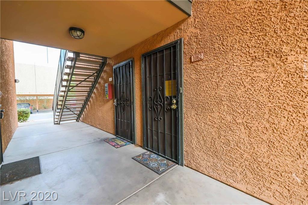 Photo of 2451 Rainbow Boulevard #1062, Las Vegas, NV 89108 (MLS # 2232708)