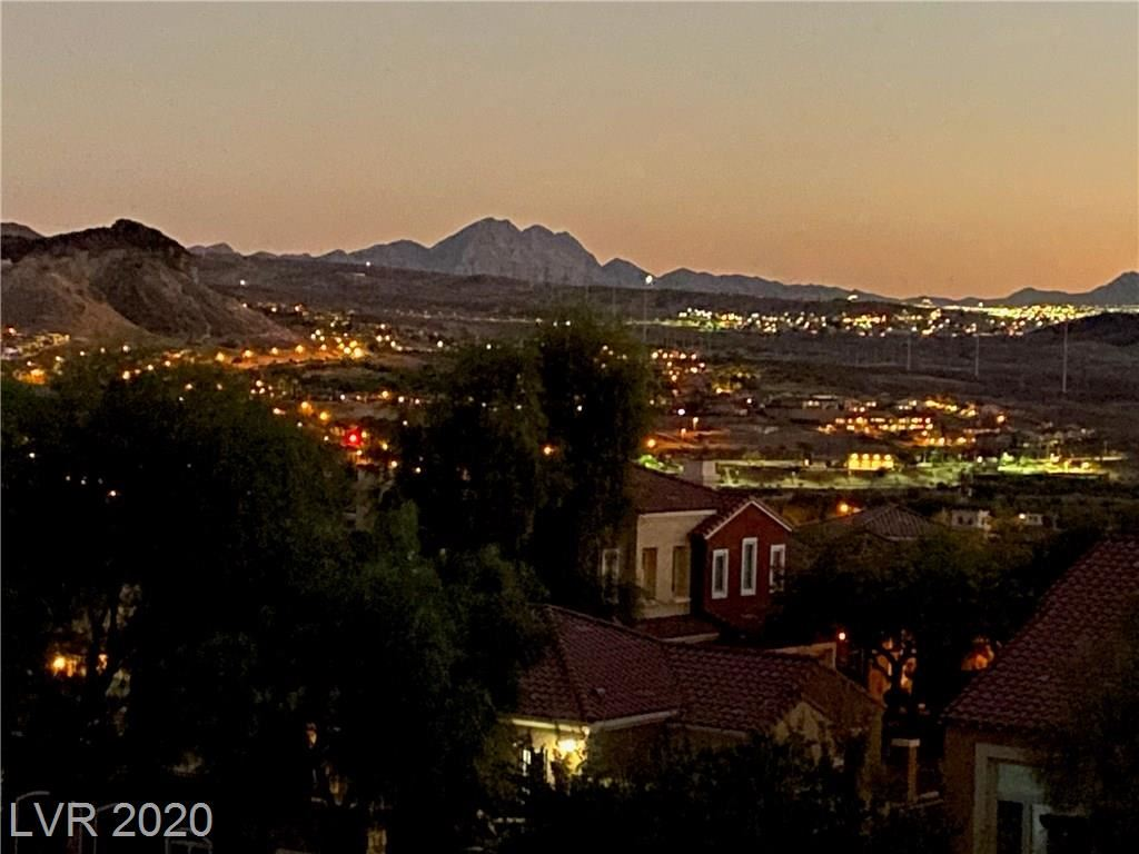 Photo of 32 Via Vasari #201, Henderson, NV 89011 (MLS # 2225712)