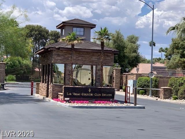 Photo of 2838 Loveland Drive #1606, Las Vegas, NV 89109 (MLS # 2293714)