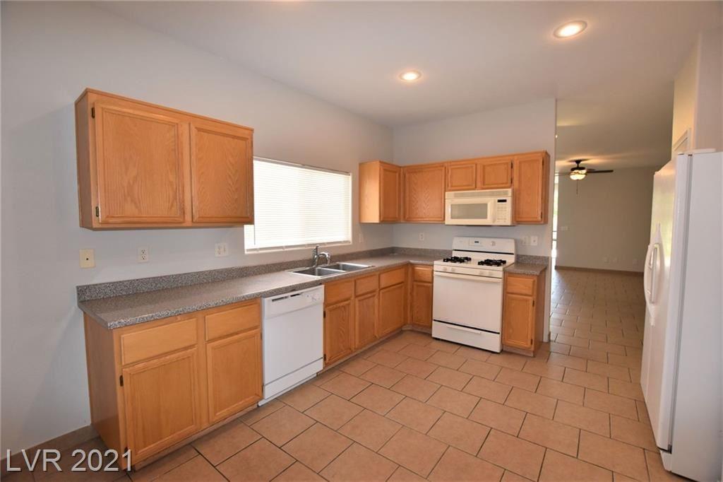 Photo of 1115 Majestic Canyon Street, Henderson, NV 89052 (MLS # 2303718)