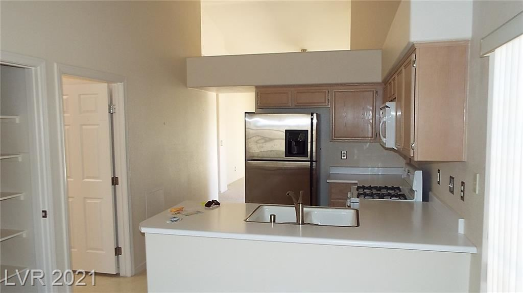 Photo of 9853 Panorama Cliff Drive, Las Vegas, NV 89134 (MLS # 2296723)
