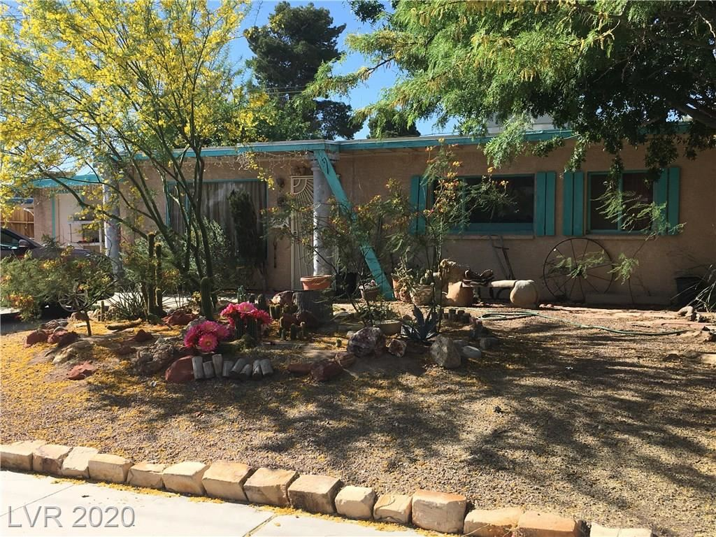 Photo of 1409 Oakwood Avenue, North Las Vegas, NV 89030 (MLS # 2196732)
