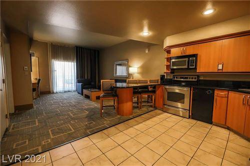 Photo of 211 Flamingo Road #811, Las Vegas, NV 89169 (MLS # 2288746)