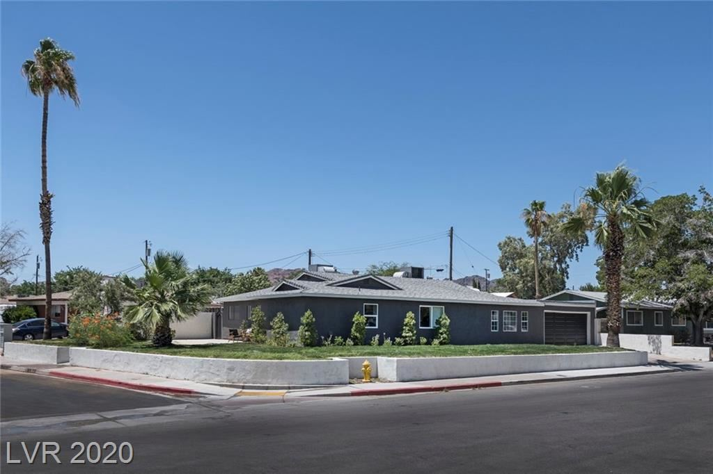 Photo of 600 Kings Place, Boulder City, NV 89005 (MLS # 2206746)