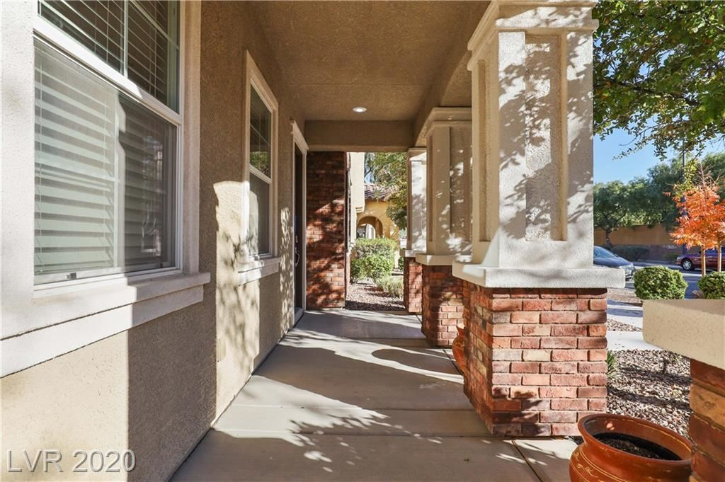 Photo of 3152 Via Como, Henderson, NV 89044 (MLS # 2250753)
