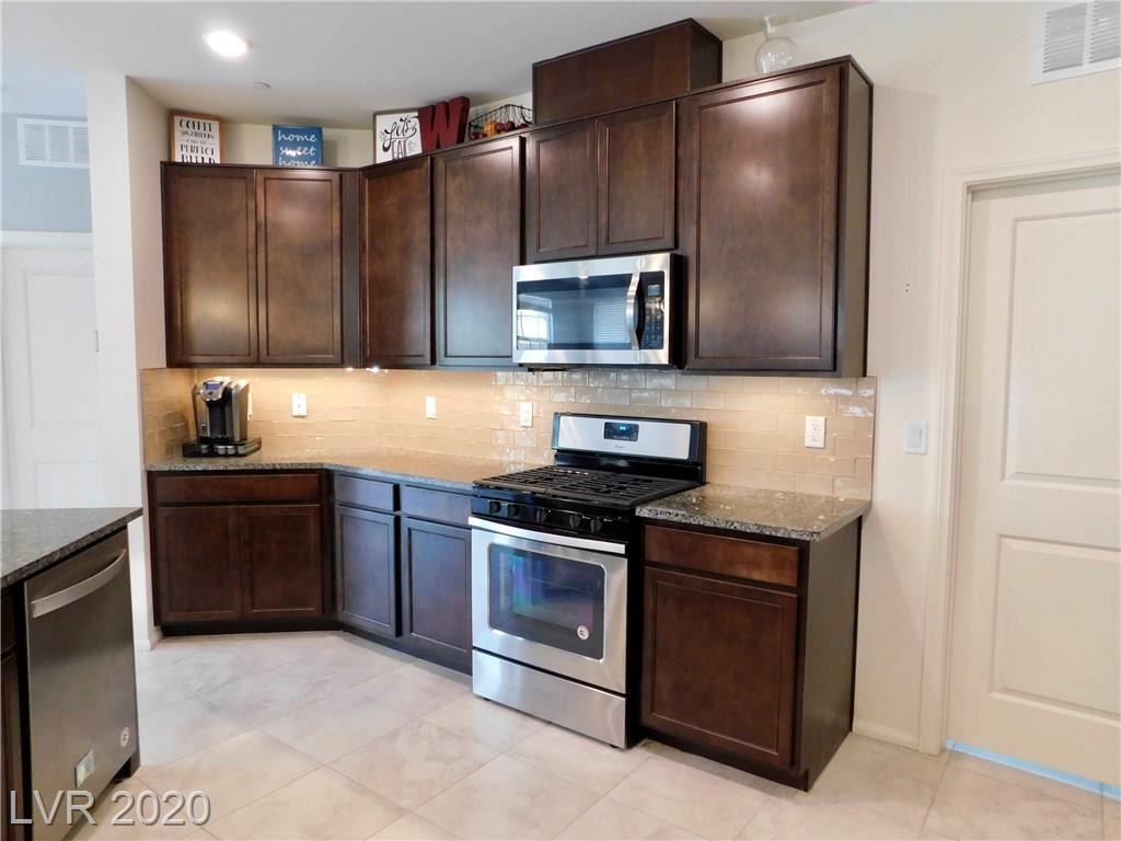 Photo of 2240 Valdina Street, Henderson, NV 89044 (MLS # 2207772)