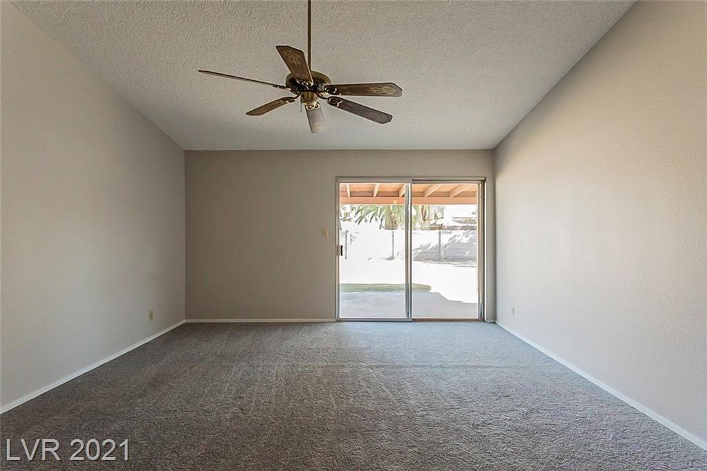 Photo of 4318 Sun Vista Drive, Las Vegas, NV 89104 (MLS # 2335784)
