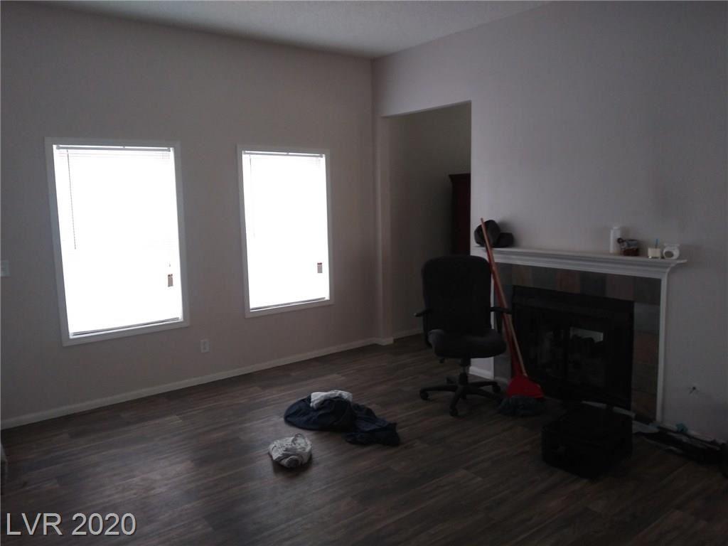 Photo of 520 Dutchman Avenue, Henderson, NV 89011 (MLS # 2193789)