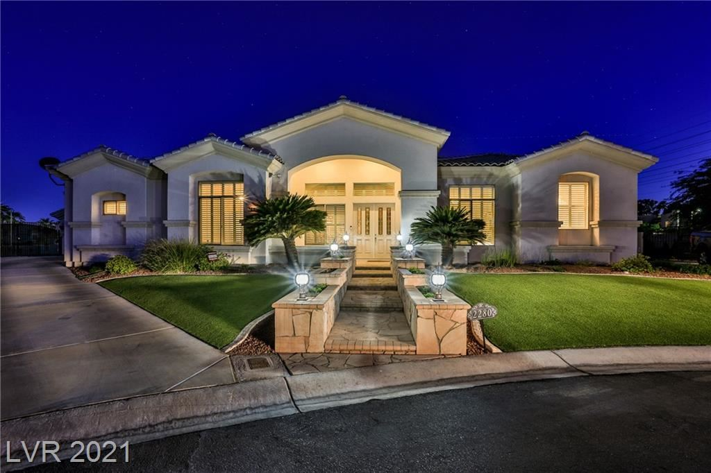 Photo of 2280 Country Cottage Court, Las Vegas, NV 89117 (MLS # 2291792)