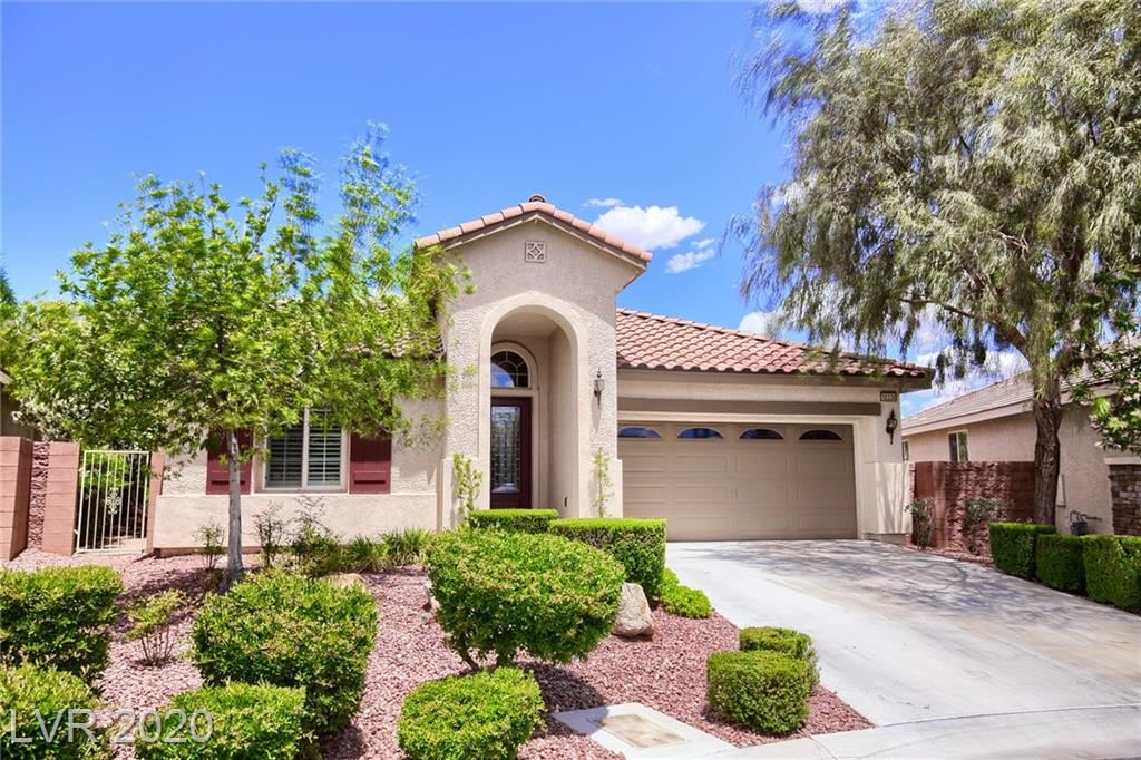 Photo of 10330 GROTTO MOUNTAIN Avenue, Las Vegas, NV 89166 (MLS # 2186796)
