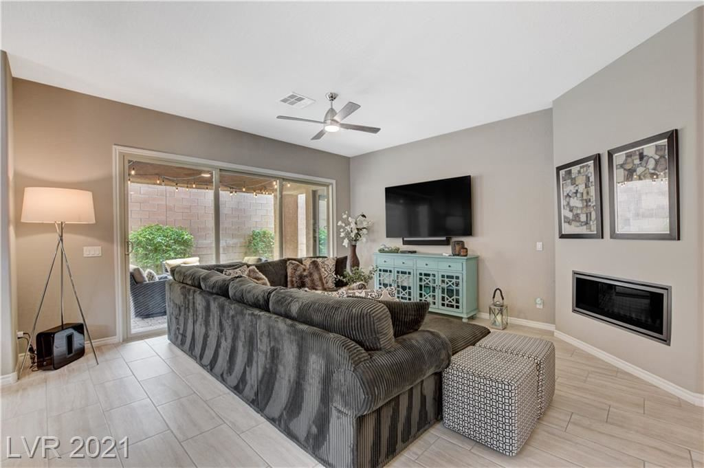 Photo of 417 Open Hill Avenue, Henderson, NV 89011 (MLS # 2307801)