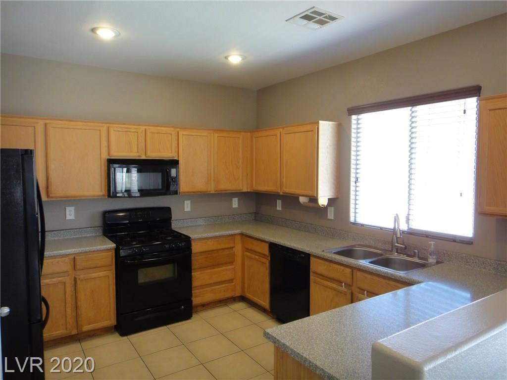Photo of 1120 Apple Vista Avenue, North Las Vegas, NV 89031 (MLS # 2211802)