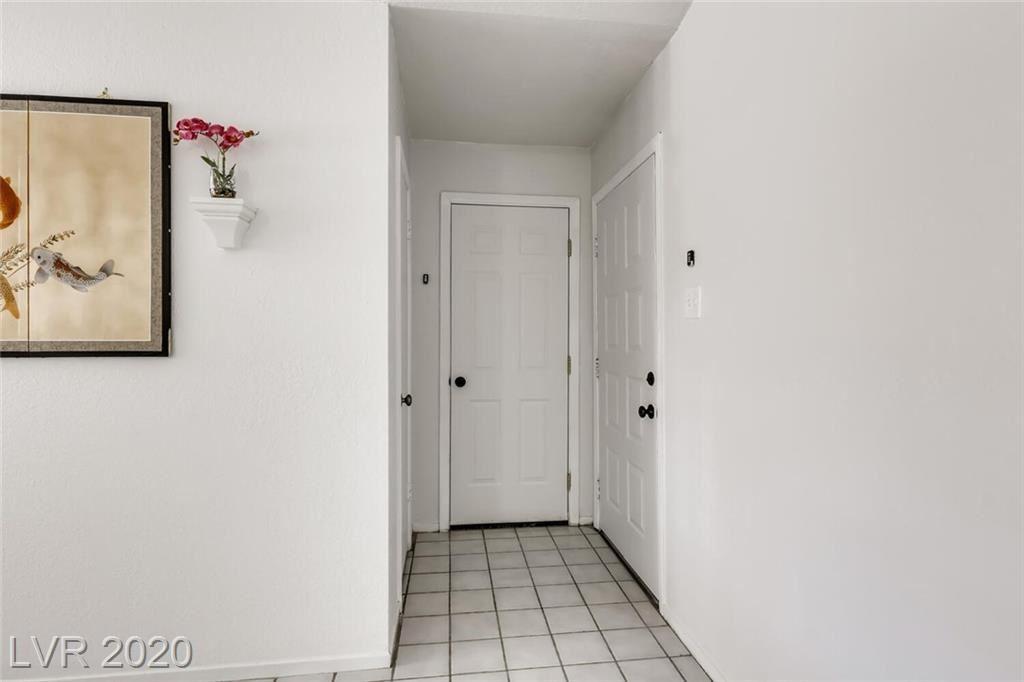 Photo of 1633 Price Street, Henderson, NV 89011 (MLS # 2241808)