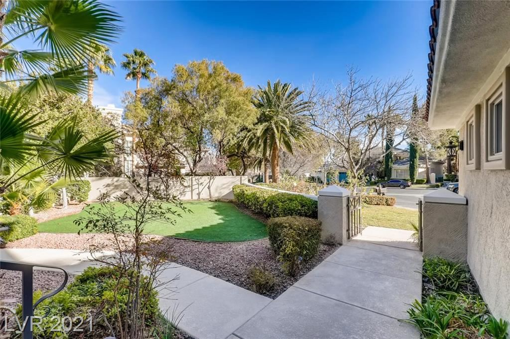 Photo of 1809 Glenview Drive, Las Vegas, NV 89134 (MLS # 2262812)