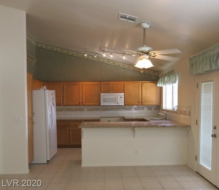 Photo of 310 CAROLE LITTLE CT Court #N/A, Henderson, NV 89014 (MLS # 2193815)