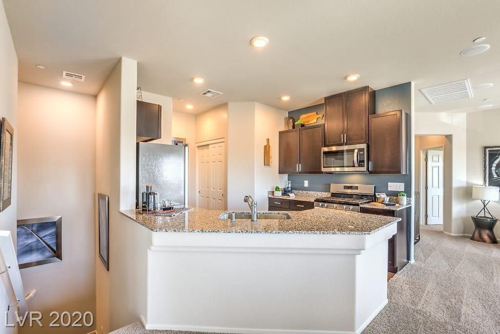Photo of 4655 Ridgeley Avenue #101, North Las Vegas, NV 89084 (MLS # 2209827)