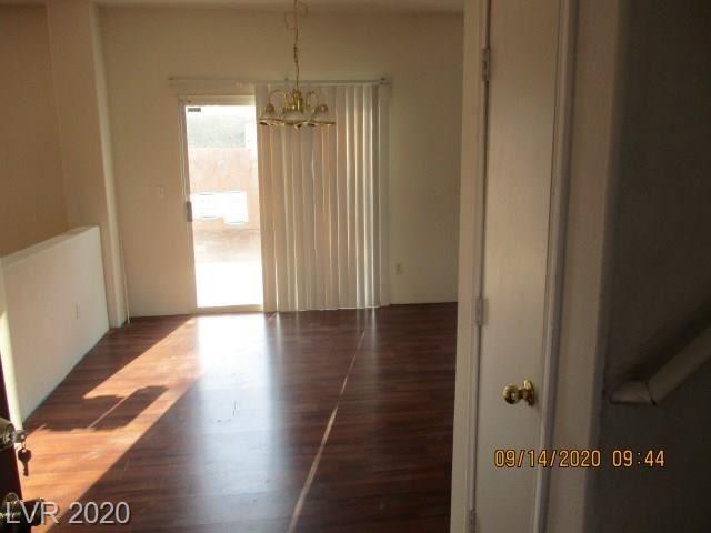 Photo of 106 Samantha Rose Street, Henderson, NV 89012 (MLS # 2232829)