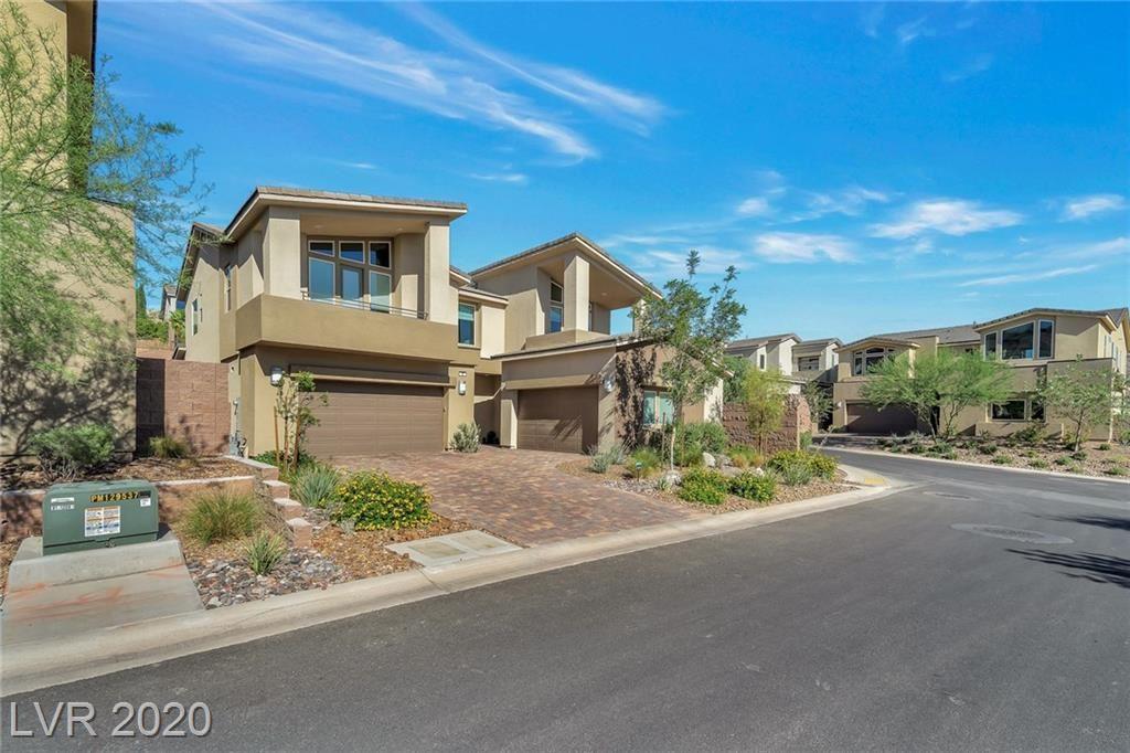Photo of 2 Vista Outlook Street, Henderson, NV 89011 (MLS # 2209836)