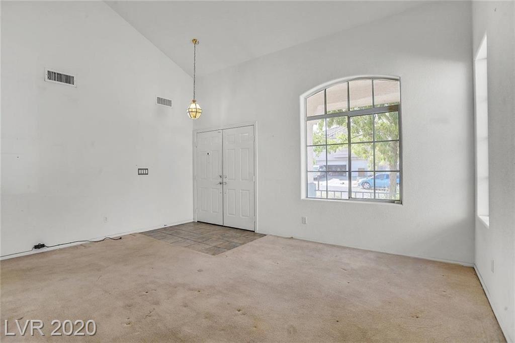 Photo of 1032 Yellow Marigold Court, Henderson, NV 89002 (MLS # 2238836)