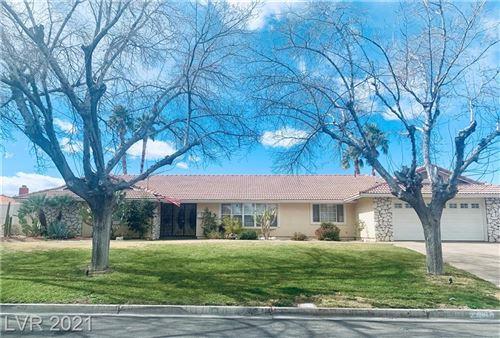 Photo of 4371 Woodcrest Road, Las Vegas, NV 89121 (MLS # 2268837)