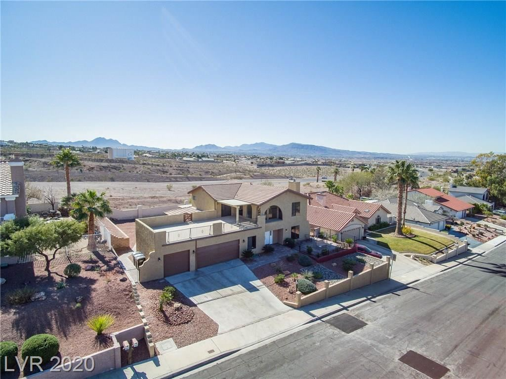 Photo of 976 CANDY TUFT Drive, Henderson, NV 89011 (MLS # 2173843)