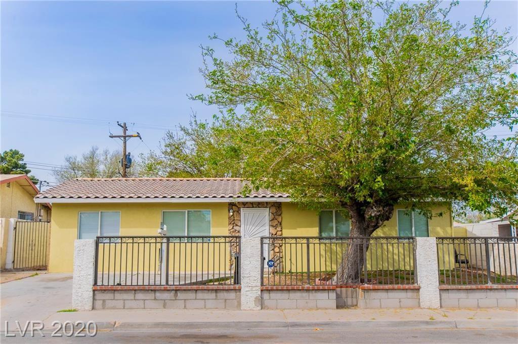 Photo of 328 Recco, North Las Vegas, NV 89030 (MLS # 2182849)