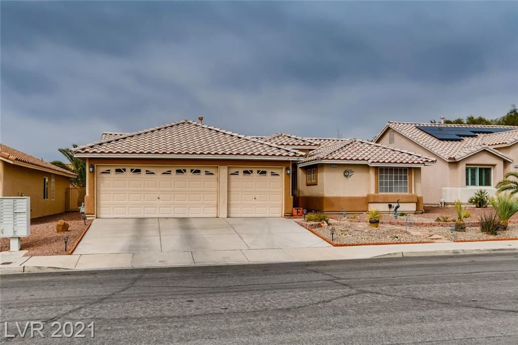 Photo of 1072 Pennyfeather Road, Henderson, NV 89015 (MLS # 2275851)