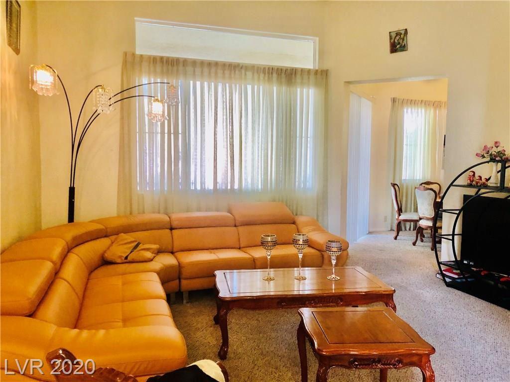 Photo of 5155 Tropicana #2114, Las Vegas, NV 89103 (MLS # 2184854)